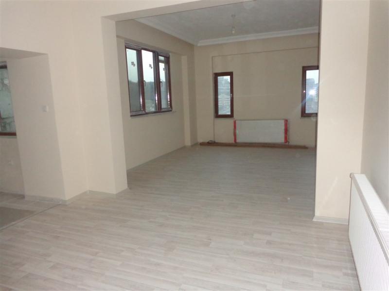 BURSA NİLÜFER BEŞEVLER DE  300 m² SATILIK BAHÇELİ SIFIR LÜXS 6+1  TRİPLEX VİLLA 750.000 TL
