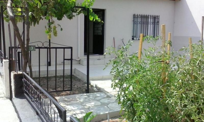 BURSA GEMLİK KUMSAZ'DA 260 m²  SATILIK TEK KATLI 3+1 MÜSTAKİL YAZLIK EV