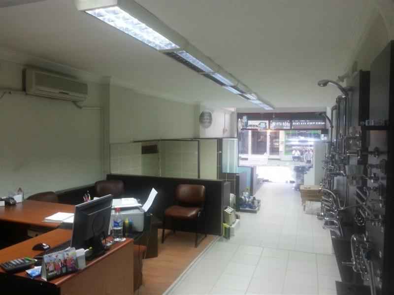 Bursa Nilüfer Beşevler de Caddeye Cephe 200 m2 Satılık Dükkan