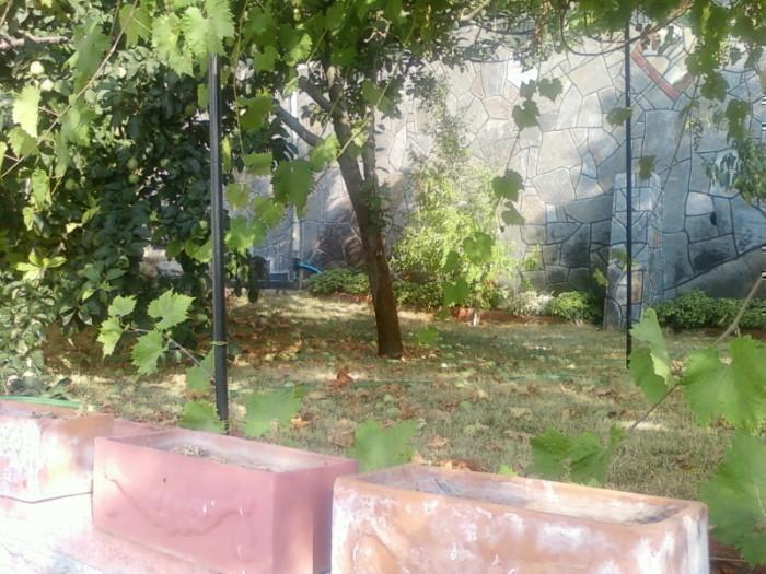Mudanya Bademli'de Satılık 800 m2 Bahçeli Lüx Villa