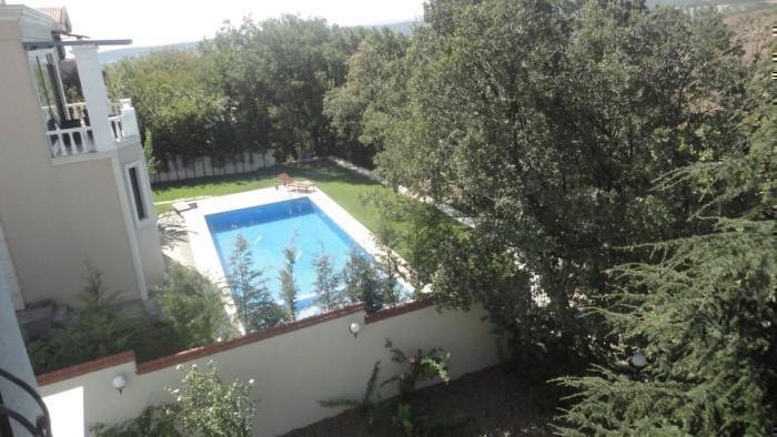 Mudanya Bademli'de Satılık Özel Havuzlu 6+2  Villa