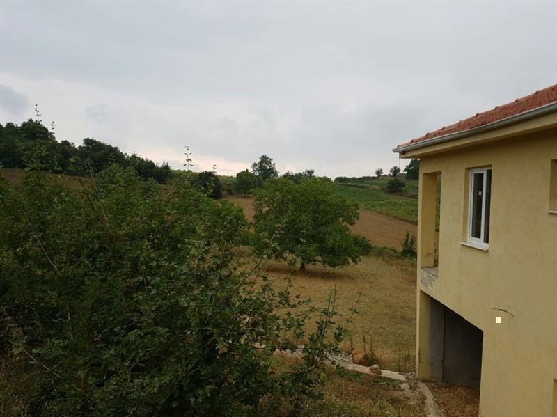 Bursa İnegöl Halhalca Köyü'nde Satılık 2250 m2 Arsa Ve Ev