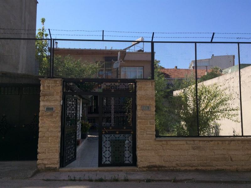 Osmangazi Sırameşeler'de Satılık 2 Katlı Bahçeli Müstakil Ev