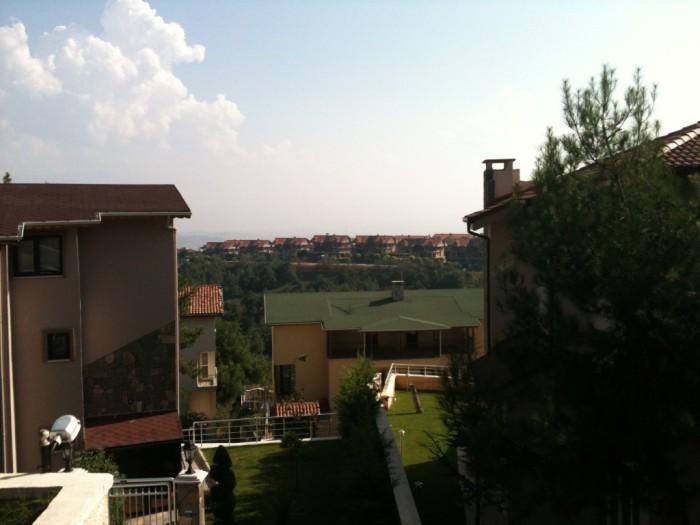 Mudanya Bademli'de Satılık Çamlık Manzaralı 7+2 Lüx Villa