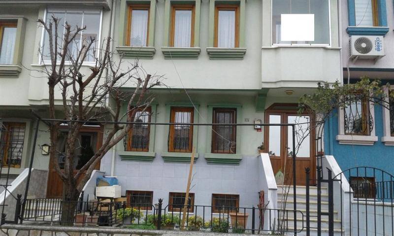 Bursa Nilüfer Beşevler de Satılık 220 m2 Triplex Bahçeli Villa
