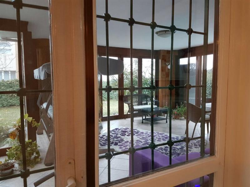 Mudanya Bademli'de Satılık Yüzme Havuzlu 700 m2 Bahçeli  Villa