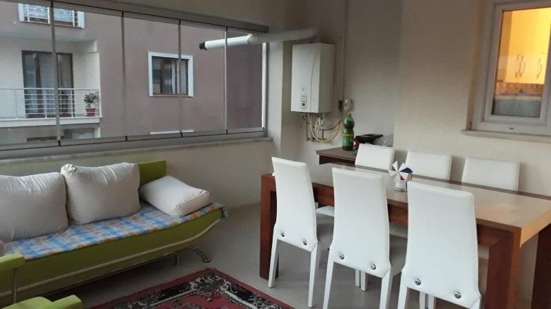 Bursa Yunuseli Akyıldız'da acil Satılık 3+1 Ara Kat 140m2 Daire