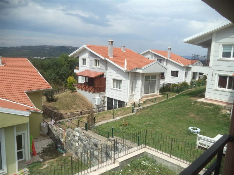 BADEMLİ'DE SATILIK LÜX MANZARALI TRİPLEX VİLLA