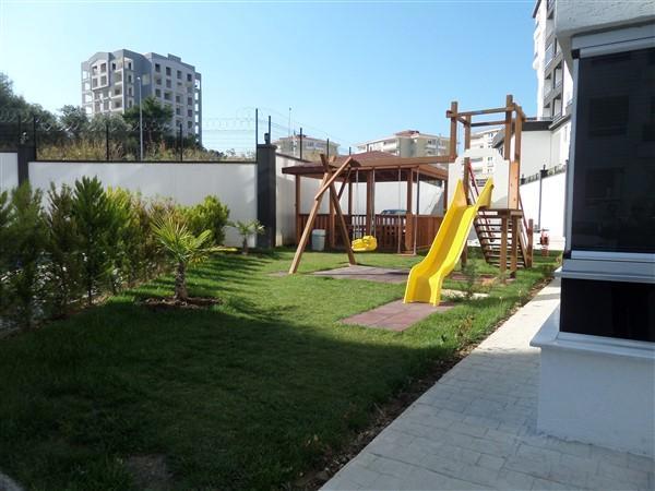 Bursa Yunuseli'de Site içi lüks Havuzlu 135 m2 Arakat Satılık