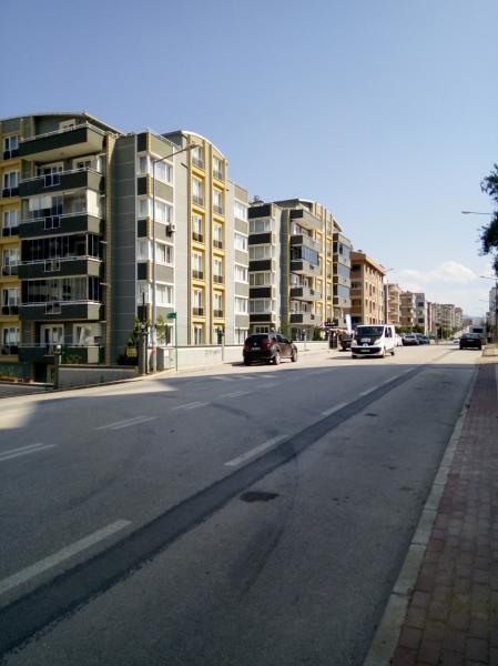 Bursa Yunuseli  Fuat Kuşçuoğlu Caddesine 22 metre cepheli 603m2