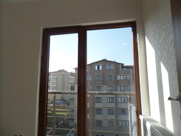 Bursa Yunuseli'de Ana Caddeye Yakın 3+1 Sıfır Kiralık Dubleks