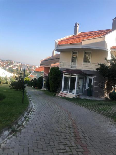 MUDANYA BADEMLİ'DE SATILIK  MANZARALI 5+1 LÜX VİLLA