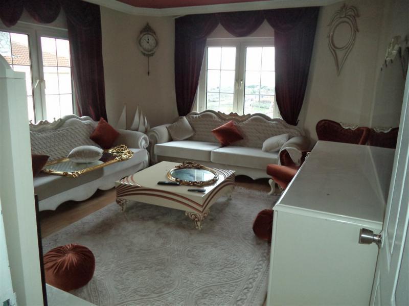 MUDANYA BADEMLİ'DE SATILIK 700 m2 BAHÇELİ  VİLLA